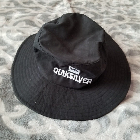 7da301f826 Quicksilver bucket hat Infant Toddler